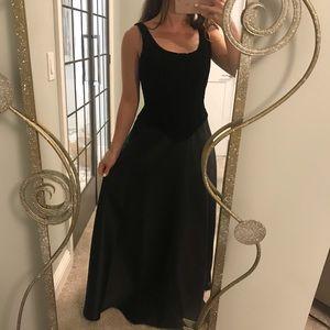 Jessica McClintock Black Velvet Gown